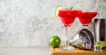 Mix Things Up With Trendy Summertime Cocktails