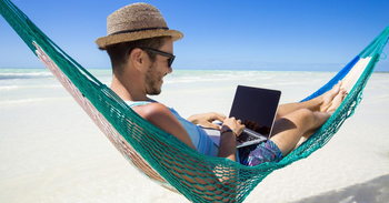 An Inside Look at Digital Nomadism: From Worker to Employer