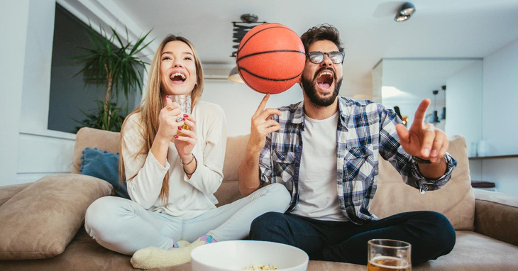 Best 10 March Madness, NCAA & College Basketball Apps with Live Streaming