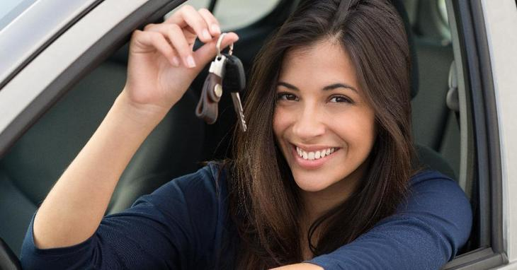 Buying a Car Without a Man! 5 Apps for Smart Women