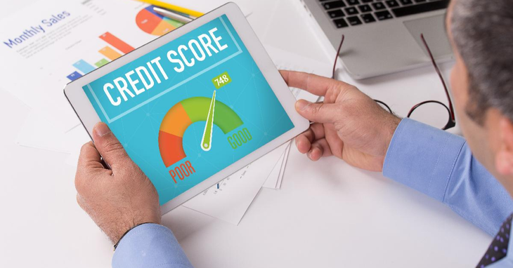 Monitoring Credit Scores