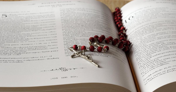 5 Things You Should Know Before You Choose a Bible App