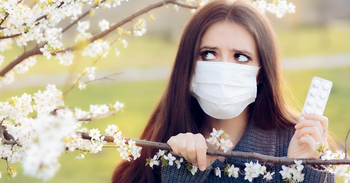 😷 Relieve Spring Allergies with The Best Symptom Checker Apps