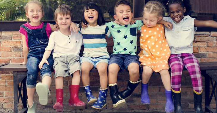 6 Tips for Using Kids' Jokes Apps to Brighten Your Child's Day