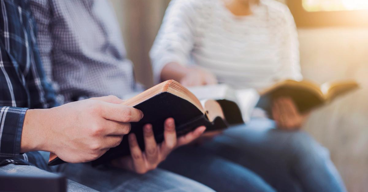 5 Tips for Choosing Bible Study Apps