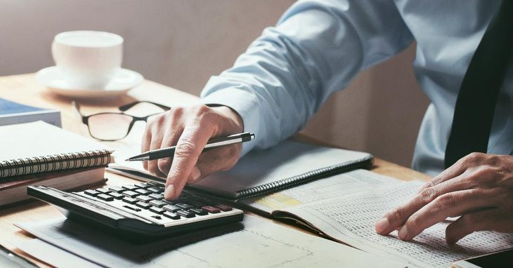 Financial Calculators Can Help Manage Your Personal Finances