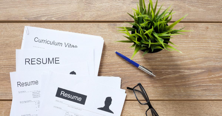 5 Tips to Find the Best Resume Builder App