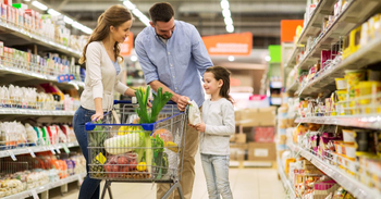 Best Apps for a Monthly Family Shopping on a Budget